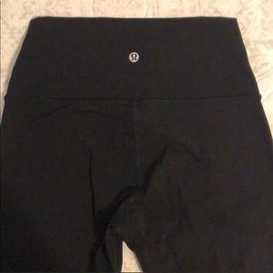Black Lululemon 7/8 Leggings